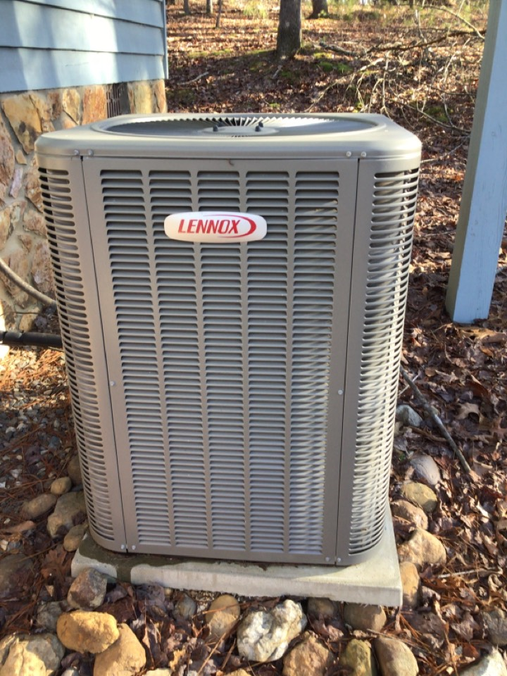Mineral Bluff, GA - Lennox heat pump maintenance and filter change
