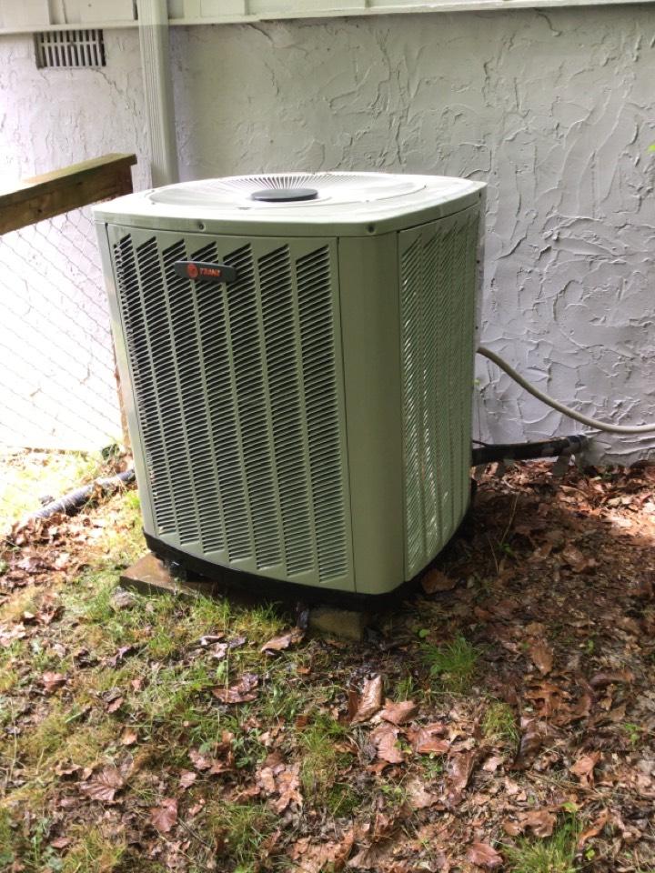 Morganton, GA - Maintenance on trane heat pump and filter change