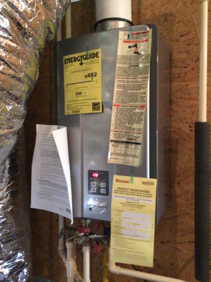 Mineral Bluff, GA - Rinsing hot water heater filter cleaning