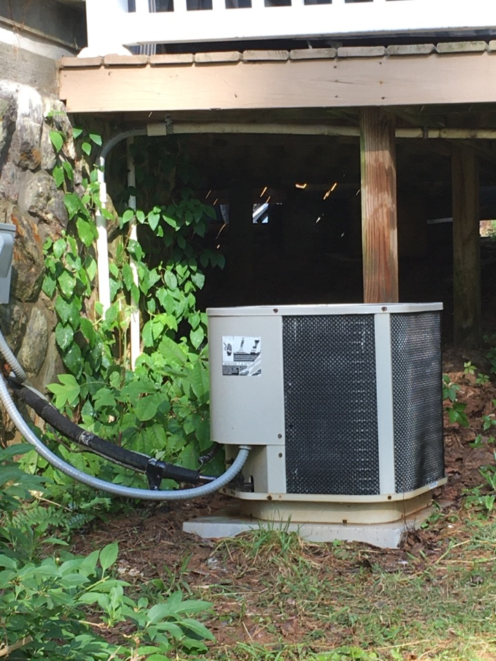 Blue Ridge, GA - Routine spring maintenance on heat pump equipment