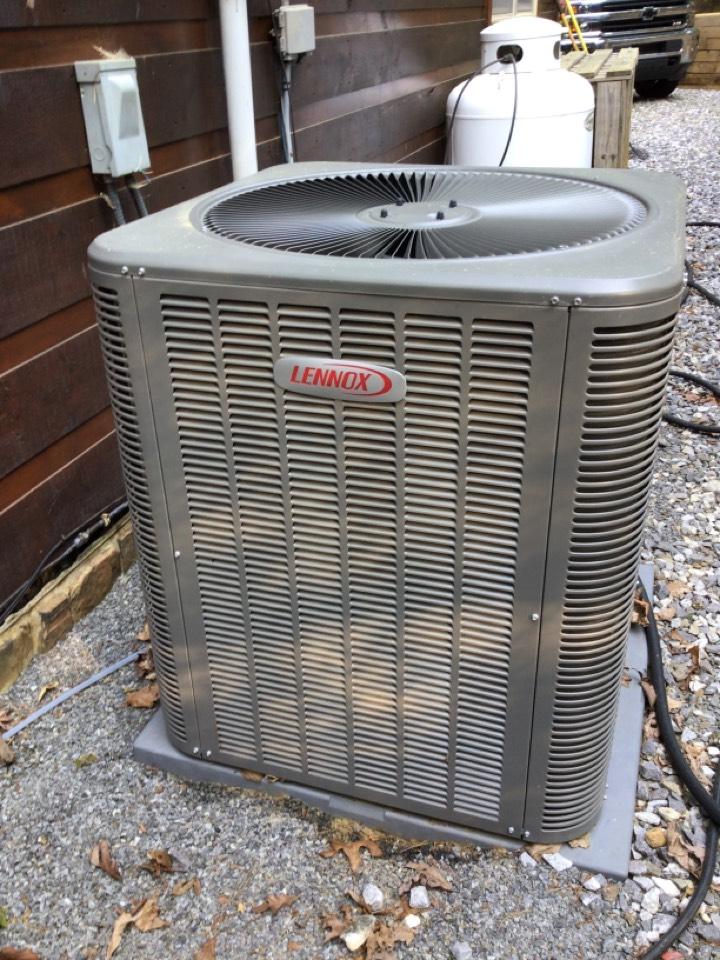 Morganton, GA - Lennox heat pump maintenance and filter change