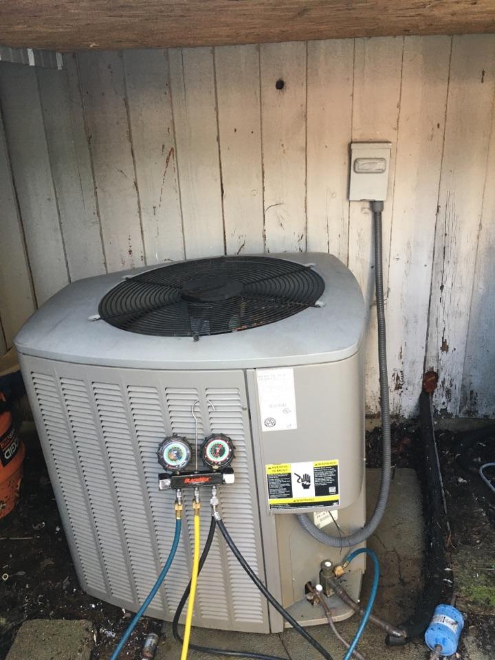 Blue Ridge, GA - Lennox ac repair.