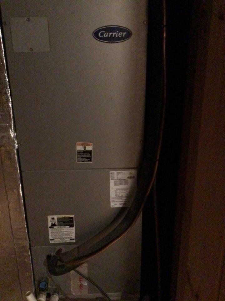 Blue Ridge, GA - Carrier heat pump maintenance and filter change
