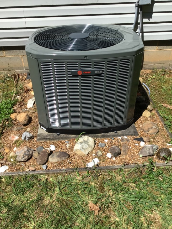 Blue Ridge, GA - Trane new install