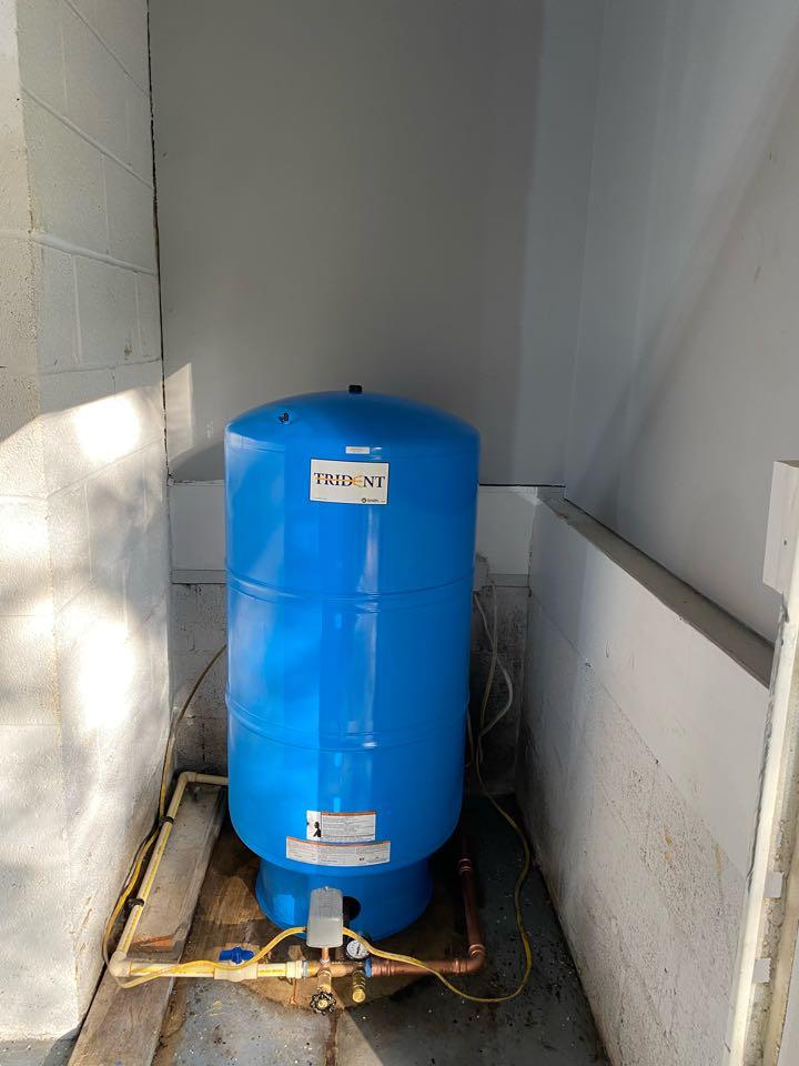Stafford, VA - Installed new well pressure tank in stafford.