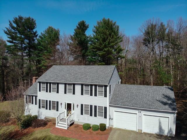 Rutland, MA - Roof replacement done in our hometown of Rutland, Massachusetts this week! The homeowner chose Atlas Pinnacle shingles. Color - Coastal Granite