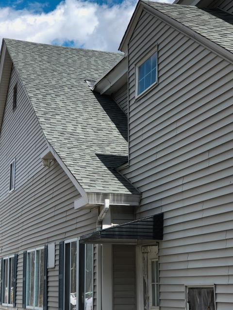 Barre, MA - Roof replacement done in Barre, Massachusetts. Atlas Pinnacle shingles - Pristine Hearthstone Gray.