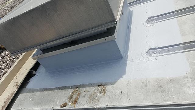 Summerville, SC - Repair a leak on a flat commercial building roof