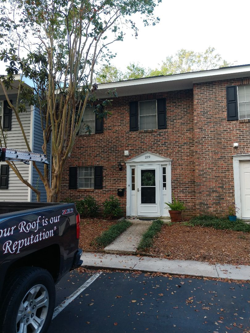 Mount Pleasant, SC - Fix starter shingles along Edge