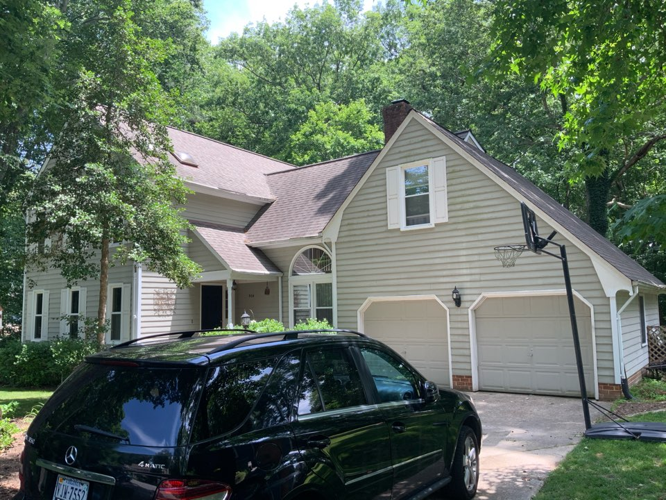 Smithfield, VA - Measuring a roof to replace with new GAF architectural shingles