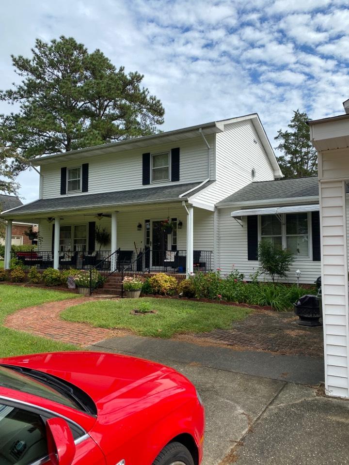 Carrollton, VA - Measuring this house in Carrollton for new vinyl siding.