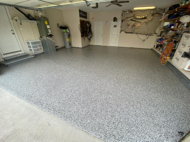 Ringgold, GA - Guardian Garage Floors installed a polyaspartic concrete coating in the color Domino this weekend in Ringgold. The customers wanted a garage floor that was stain resistant.