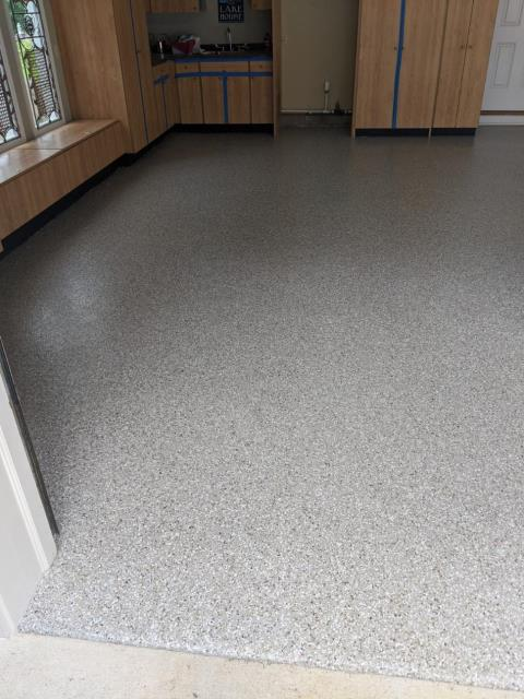 Ooltewah, TN - Guardian Garage Floors was in Ooltewah yesterday installing this polyaspartic concrete coating. The customer wanted to get rid of their peeling painted floors and replace it with a lifetime flooring solution. This is in our popular color Creekbed.