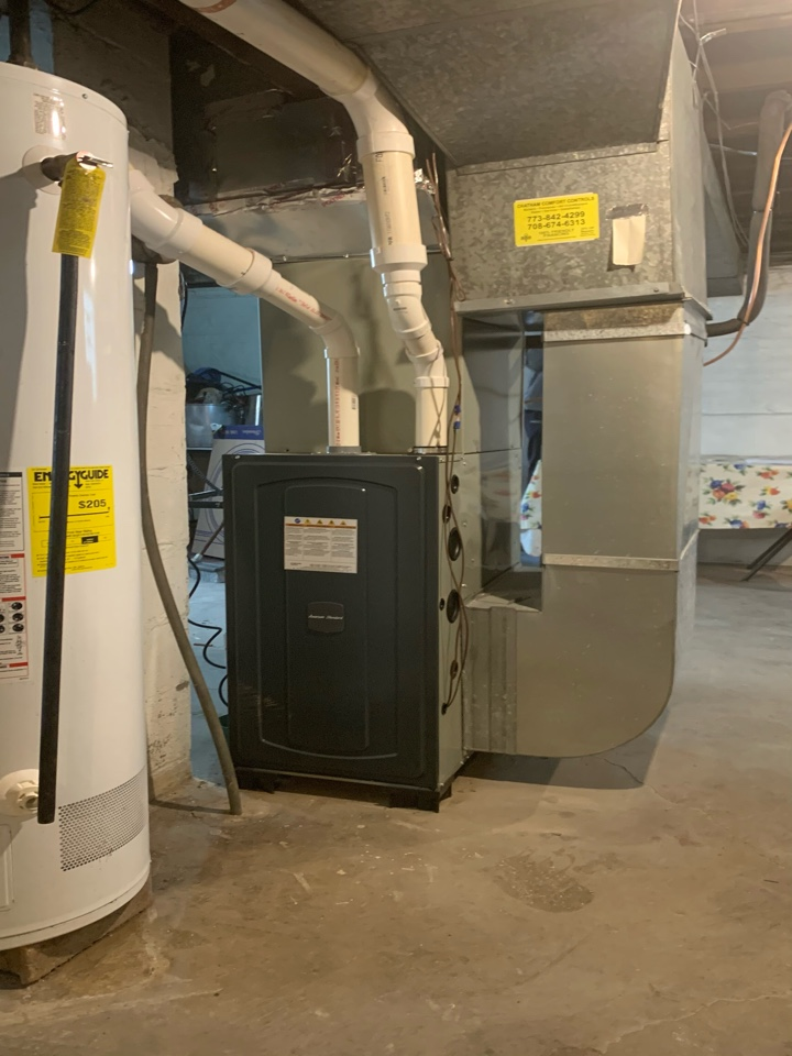 American Standard S9X1 80,000 Btu gas furnace 96% energy efficient : 3 ton cases coil and Silver 13 condenser Chicago 60629