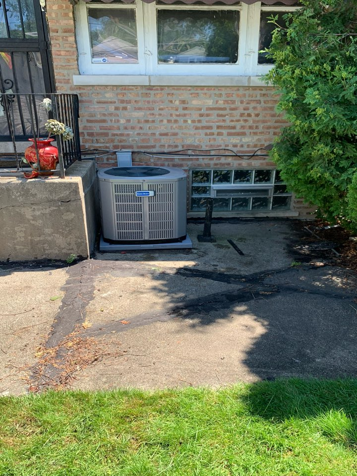 American Standard Silver 13 2.5 ton condenser with coil Chicago 60617