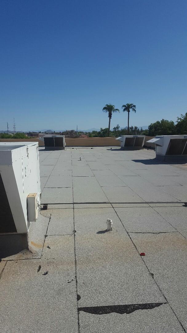 Mesa, AZ - Roof maitence
