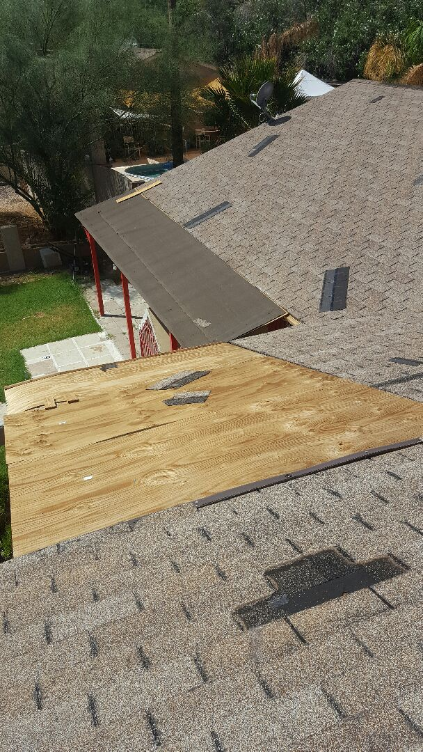 Phoenix, AZ - Beware handyman roof