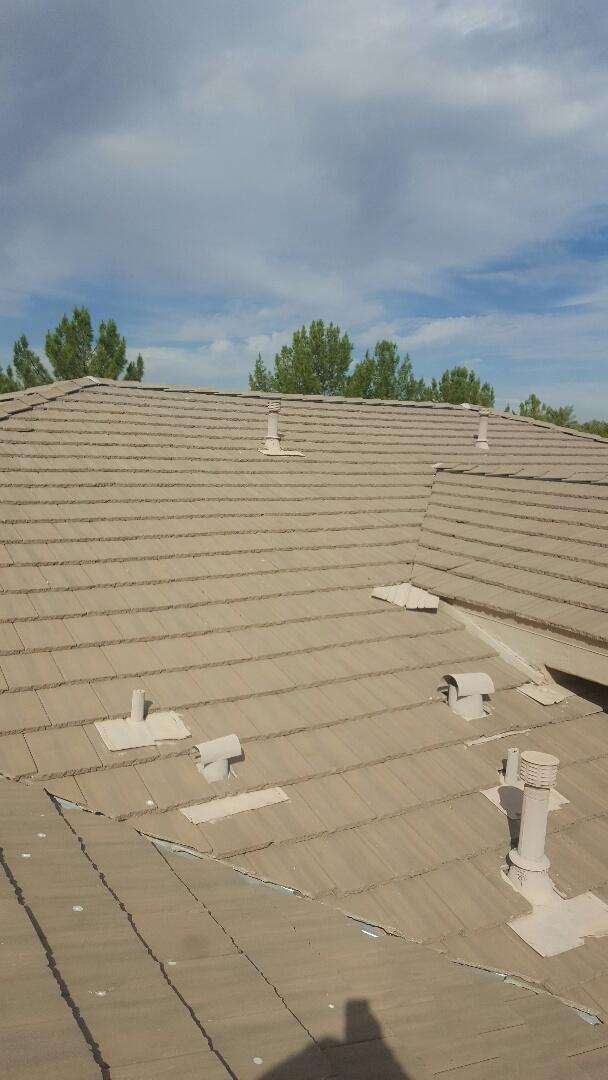 Chandler, AZ - Roof maitence