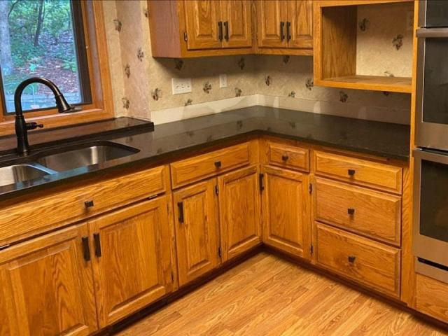 Troy, OH - I LOVE this floor! Look how perfectly it goes with the wood cabinets! And the quality is STUNNING!! Elsner Painting are some of the best people in the biz! Wonderful to work with, fair prices! Love them! Definitely check them out!