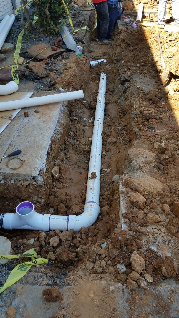 Sewerline replacement innamnoffice complex in DeKalb county.