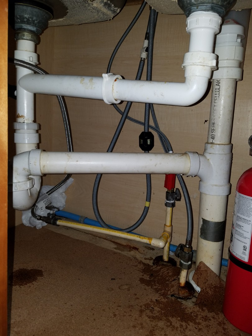 Fairburn, GA - Looked at a kitchen sink faucet and complete drain replacement