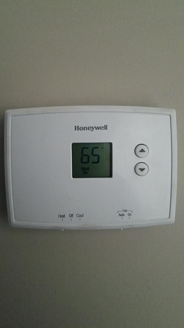 Alpharetta, GA - Preventative maintenance and thermostat changeout  heat checkup