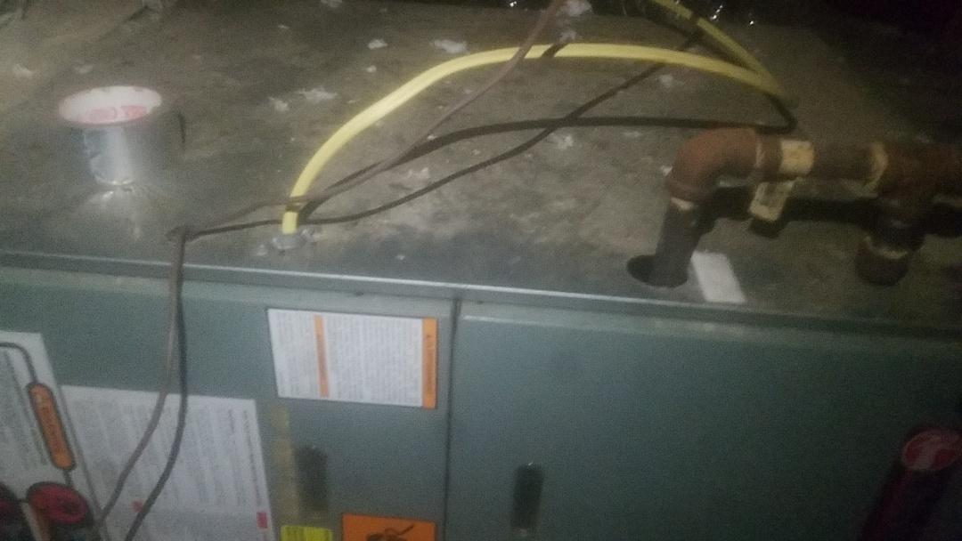 Decatur, GA - Maintenance on unit