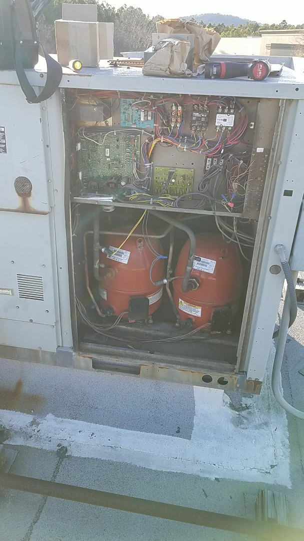 Roswell, GA - Replacing a transformer to restore heat