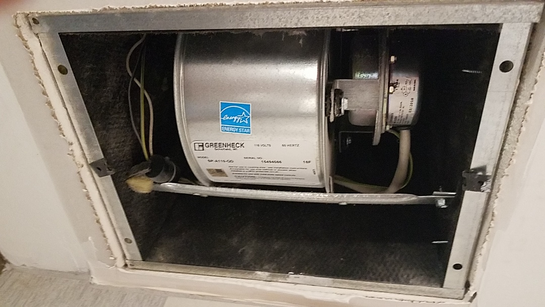 Lawrenceville, GA - PM on an exhaust fan