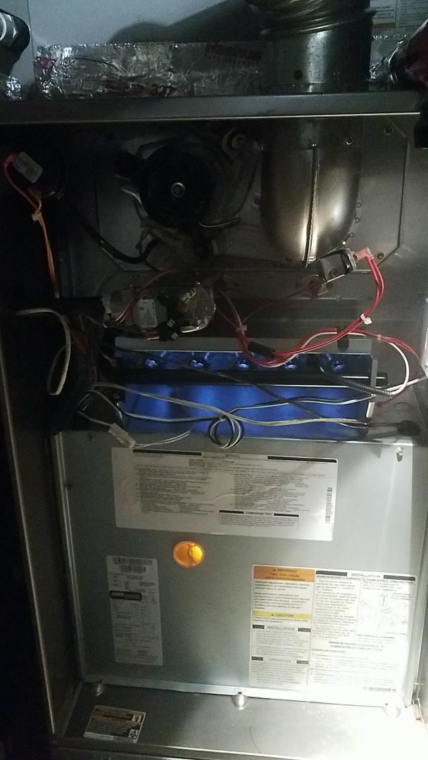 Peachtree City, GA - Working on a gas furnace