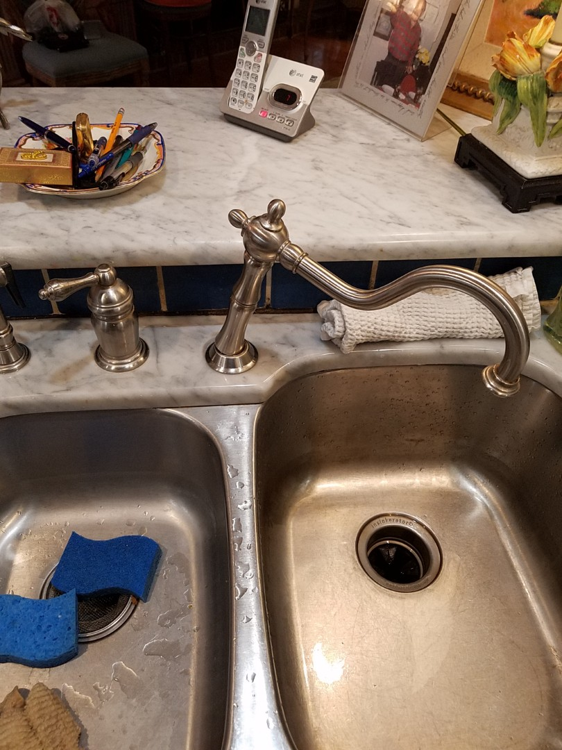Peachtree City, GA - Looked at a broken kitchen sink faucet