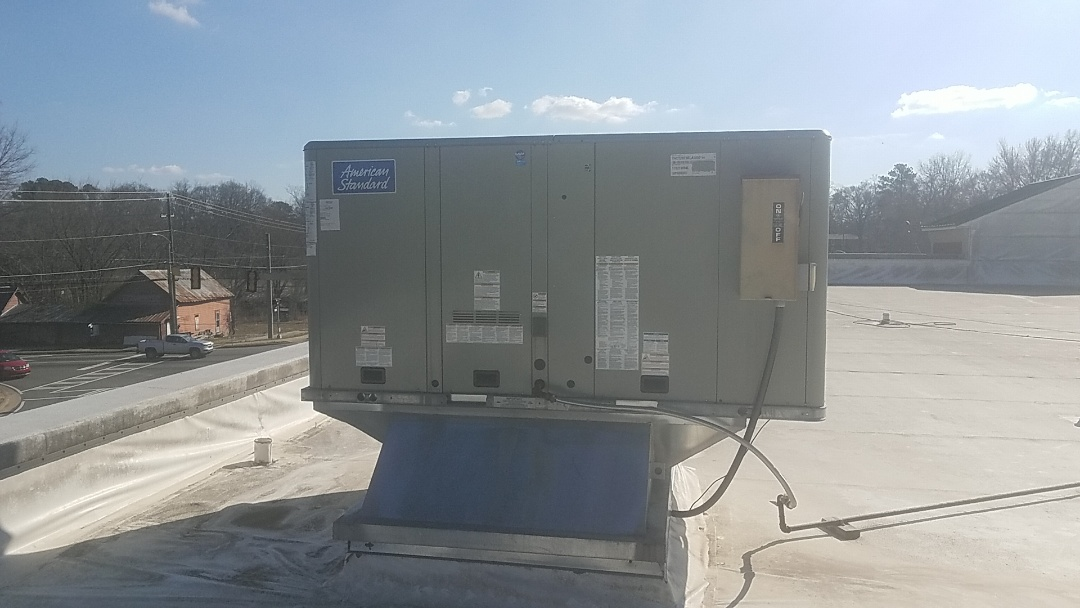 Fayetteville, GA - Commercial gas package unit