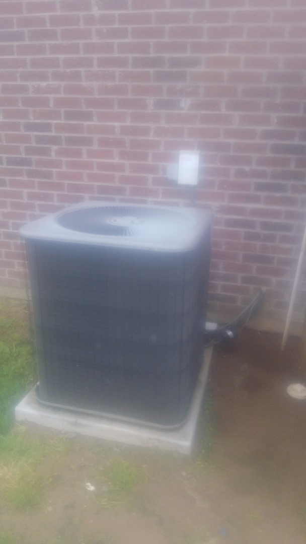 Did service call on Lennox system and reset board and check operation in cooling and heating.