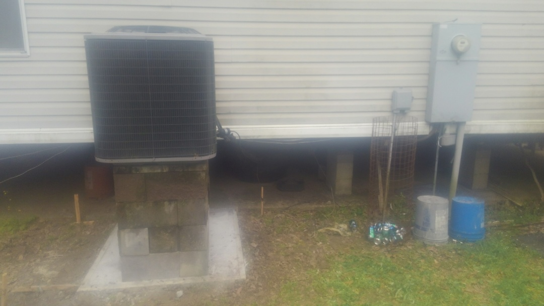 Church Point, LA - Did service call on mobile home unit and replace compressor in warranty.