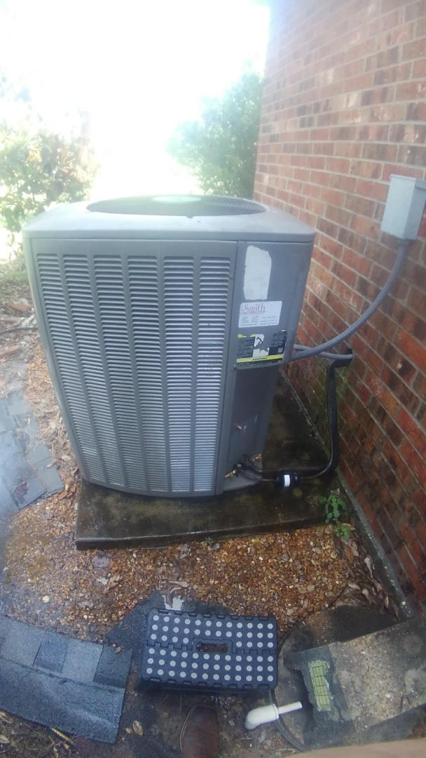 Washington, LA - Did cooling tune up on Lennox system and added frenon.