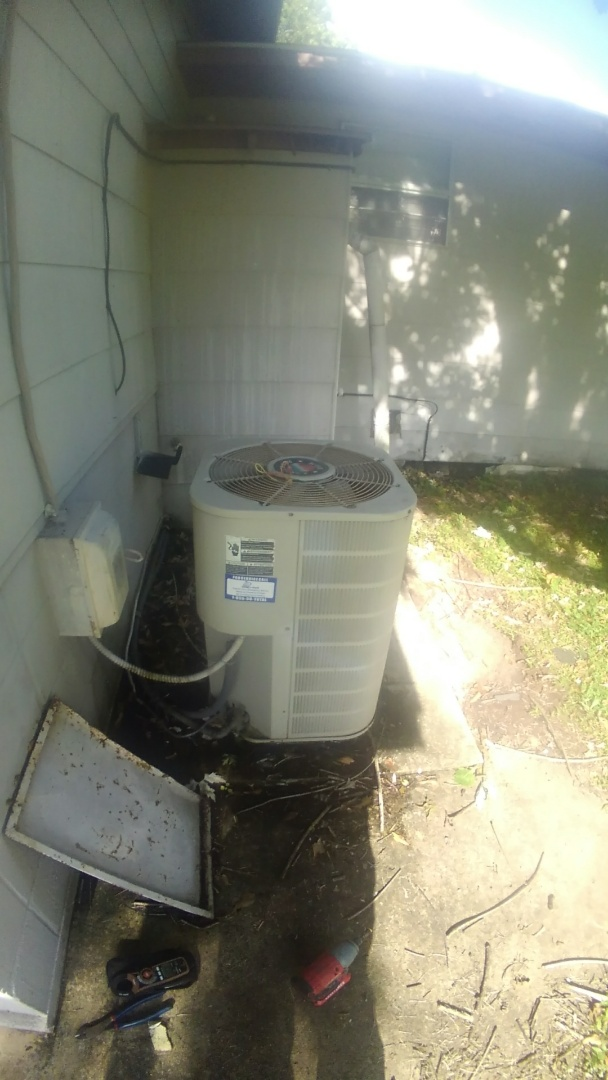 Bunkie, LA - Did service call on Frigidaire unit and price out new unit.
