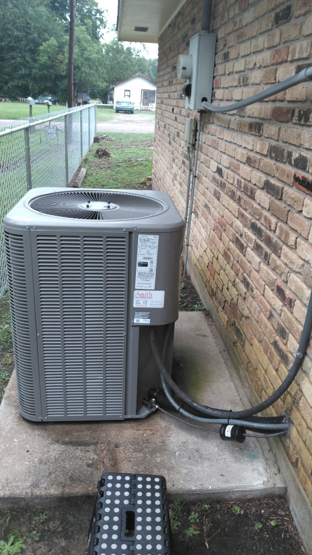 Mamou, LA - Did cooling tune up on Lennox system and replace filter.