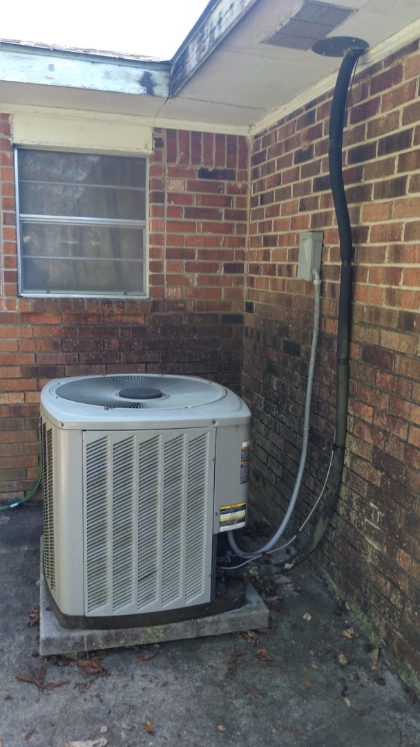 Opelousas, LA - Did service call on trand system and price out new unit.