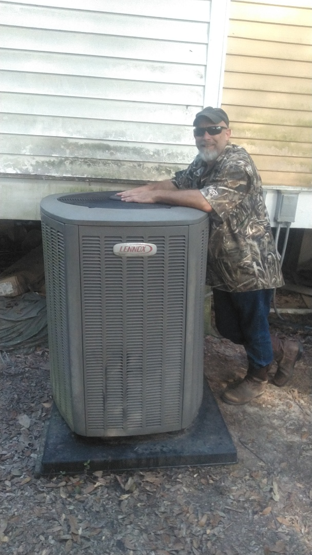 Duson, LA - Did service call on Lennox system and replace defrost board.