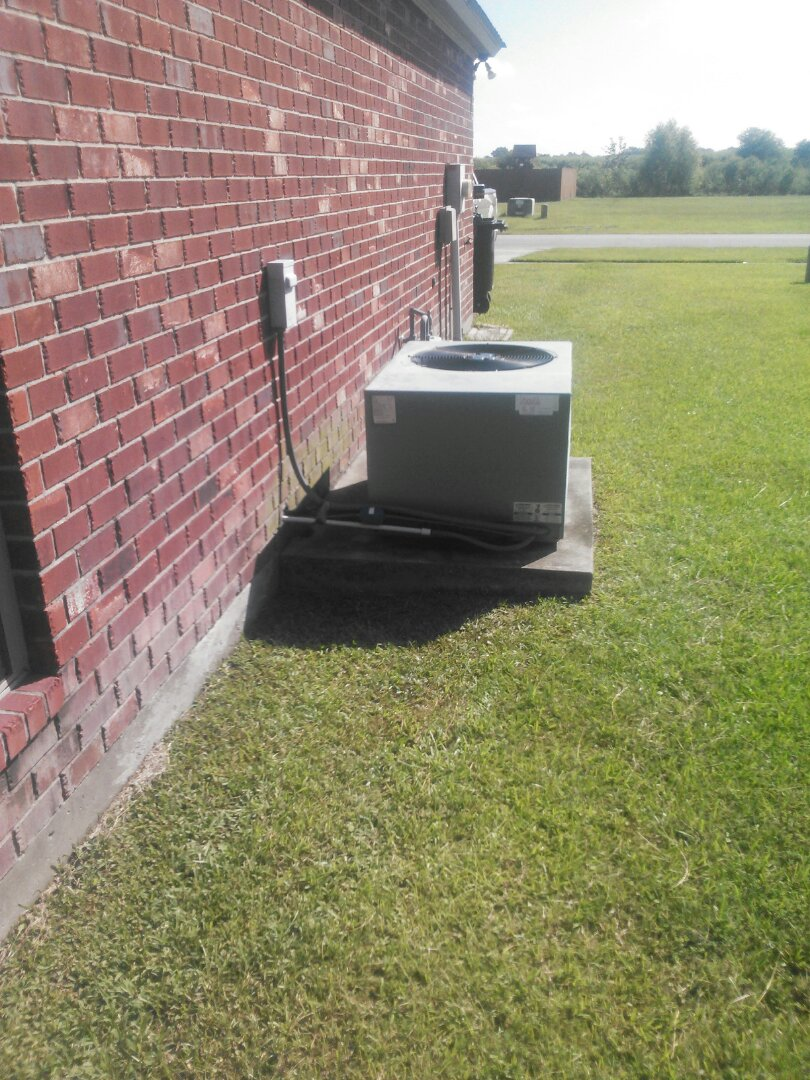 Maurice, LA - Just checked out complete AC system everything seems to be running good