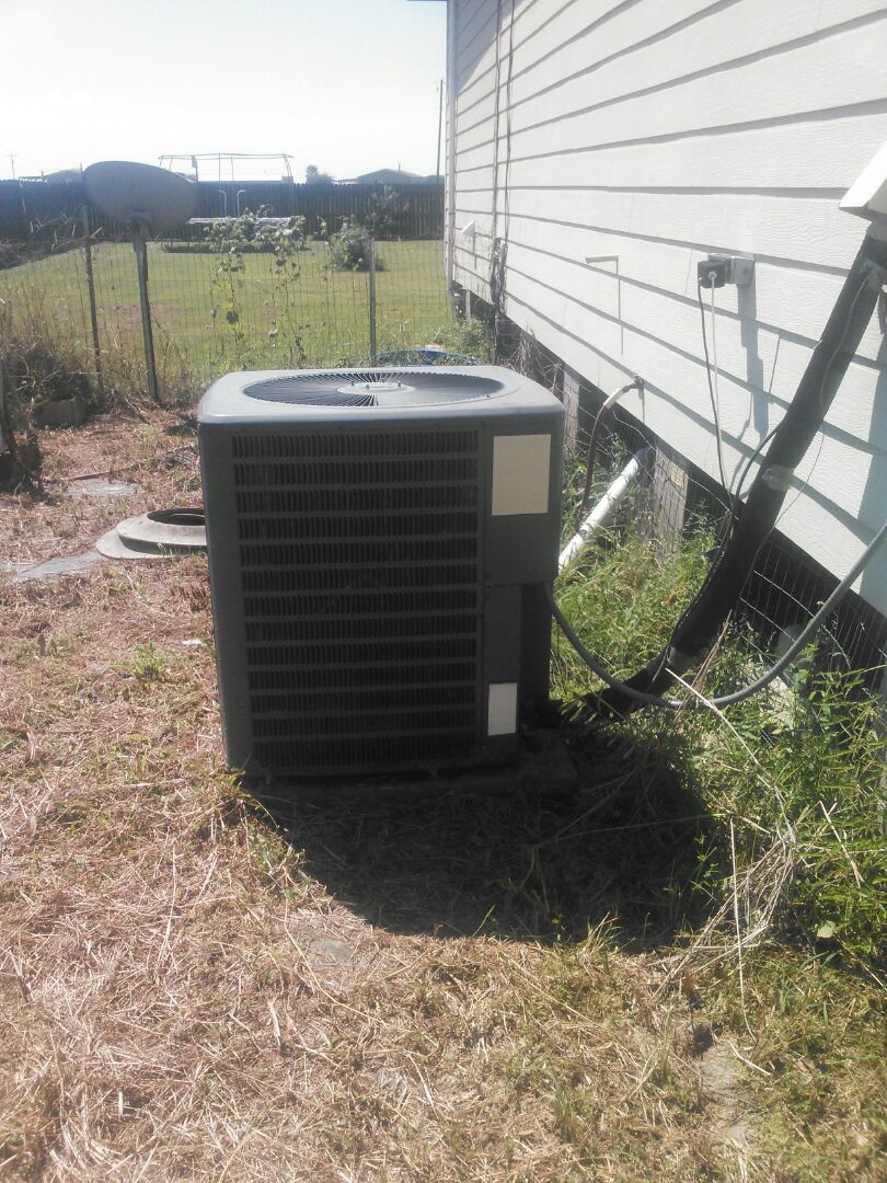 Basile, LA - Check  air  condition  system