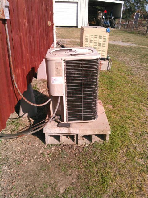 Carencro, LA - Did heating check up on Lennox unit.