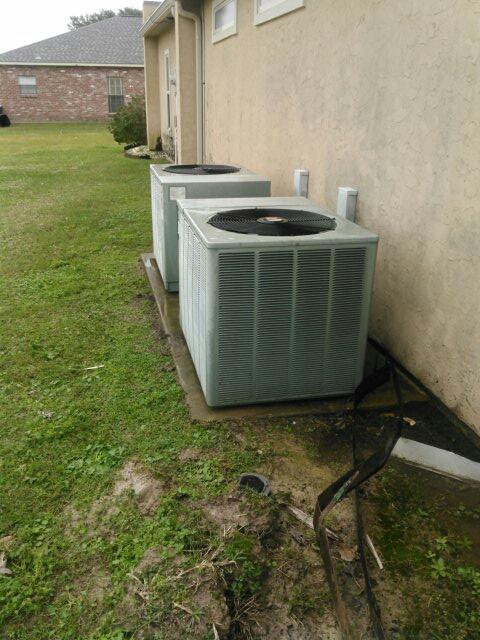 Mamou, LA - Did heating tune up on ruud heat pump unit;s.