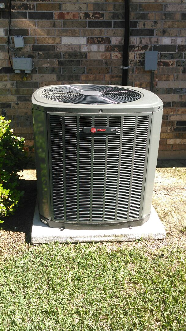 Alexandria, LA - Did service call on trand unit and reset thermostat and sold yearly maintenance agreements.