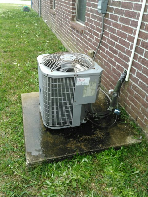 Rayne, LA - Did heating and cooling tune up on carrier unit and added Freon.