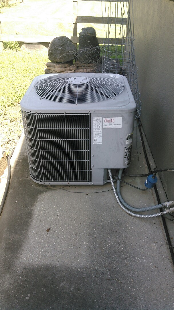 Carencro, LA - Did service call on carrier unit and replace blower motor and dual run capacitor.