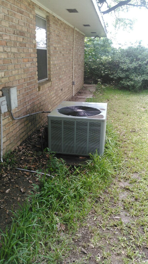 Opelousas, LA - Did service call on ruud unit and washed unit.