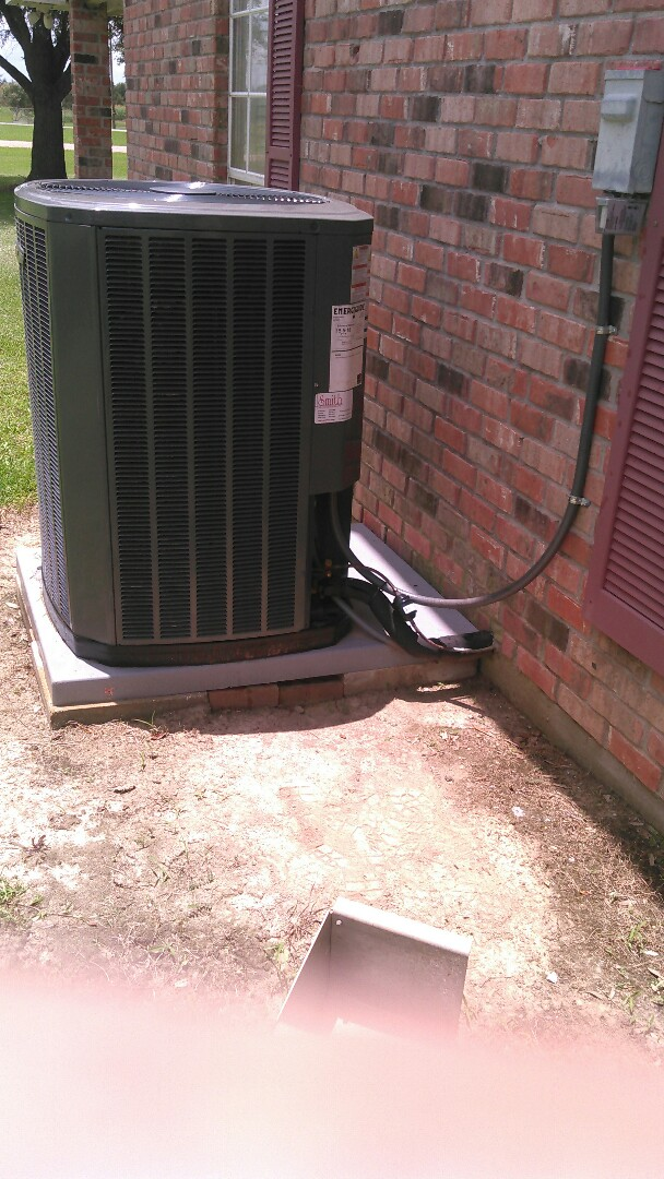 Rayne, LA - Did cooling tune up on trand unit.