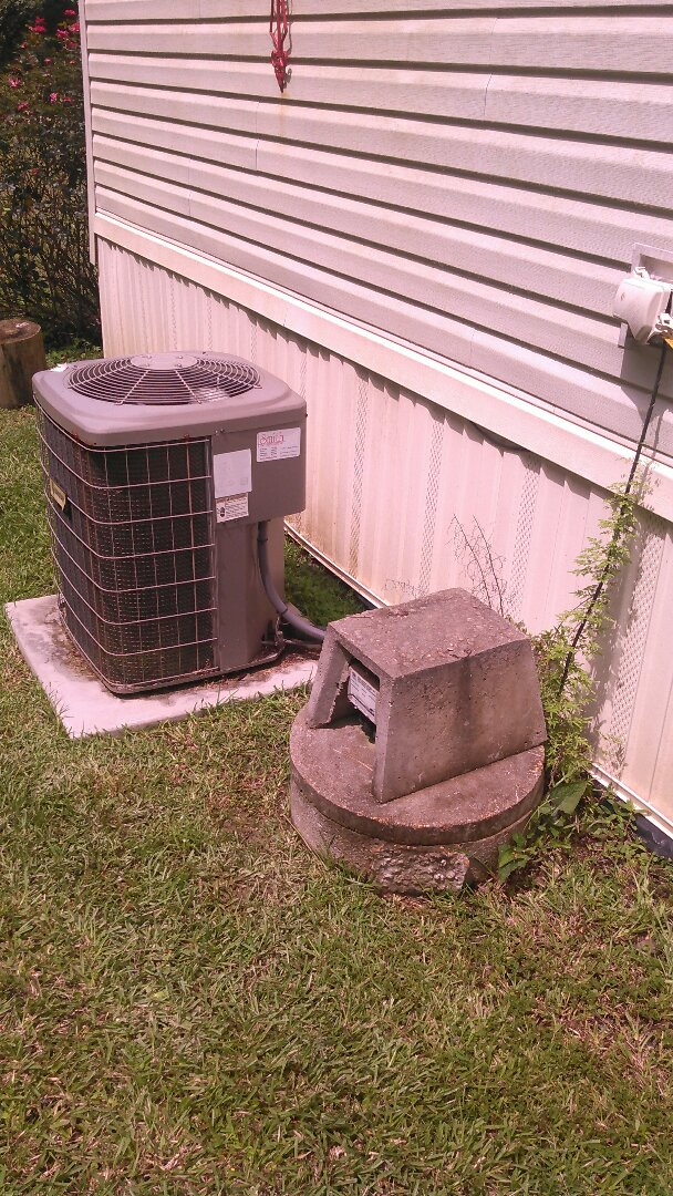 Turkey Creek, LA - Did service call on luxaire unit and added Freon.