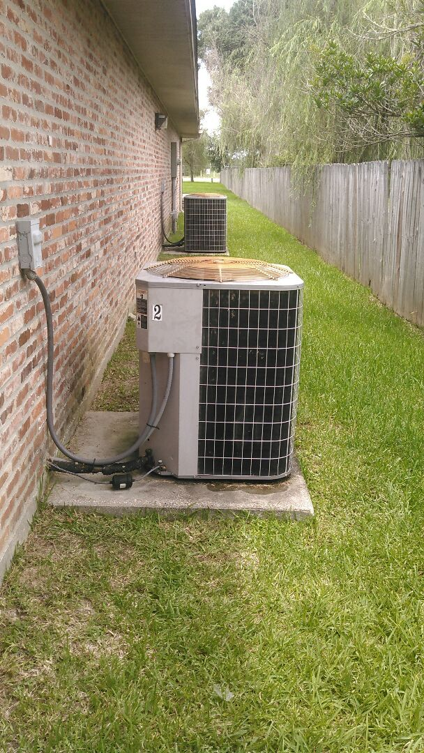 Eunice, LA - Did service call on carrier unit and replace capacitor and added Freon.